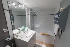 Salle de bain d'un appartement de 2 pièces à Val d'Isère